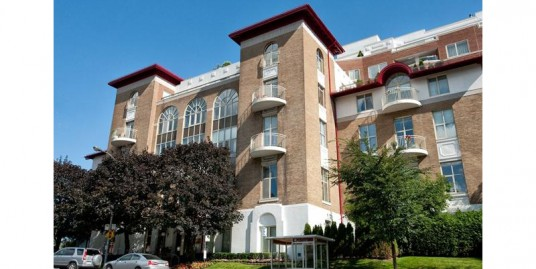 2 Bedroom Apartment (3rd Floor) for sale in 4700 Rue Ste-Catherine O, Westmount, Quebec, H3Z1S6, Canada